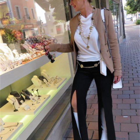 Front Slit Hosen – neuer Megatrend