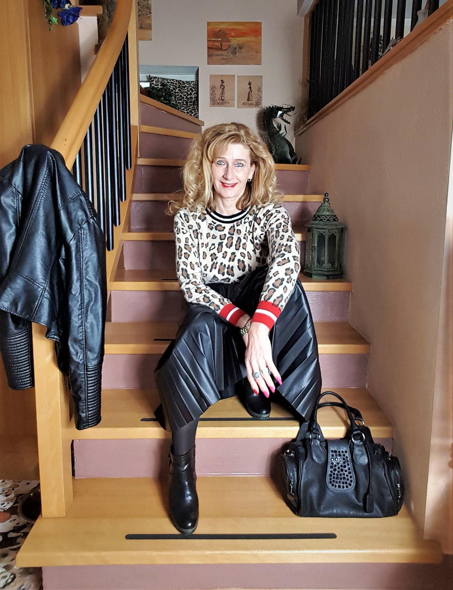 Trend Lederrock, Plissee-Röcke aus Leder, Leder-Outfit