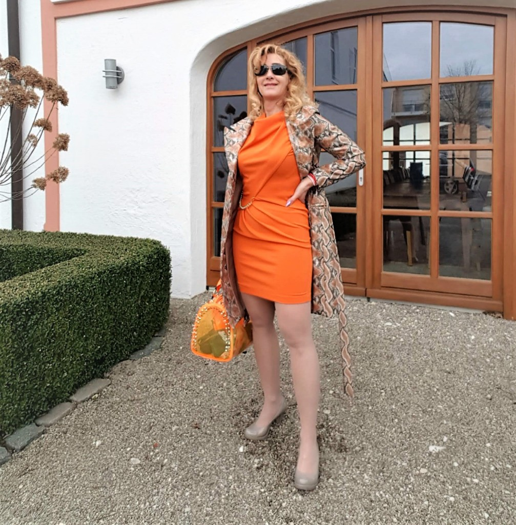 Kleid in Orange