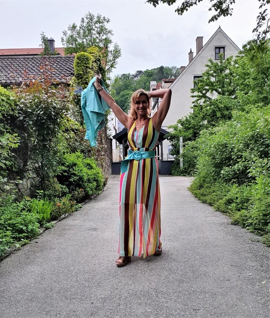 Gestreifte Maxi-Kleider von Rinascimento