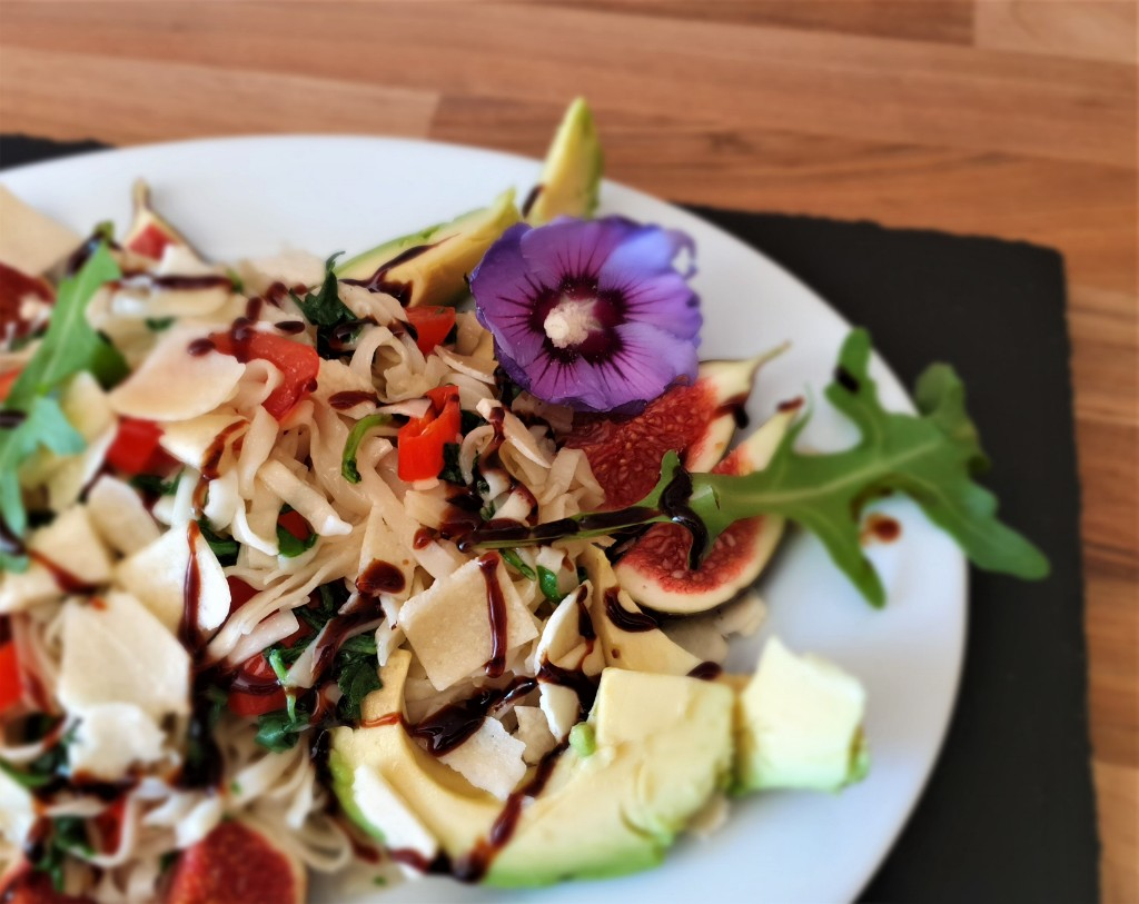 Mie Nudeln mit Rucola